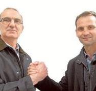 Fernando Giner y Vicente Latorre representan al futbolista valenciano formado en la cantera